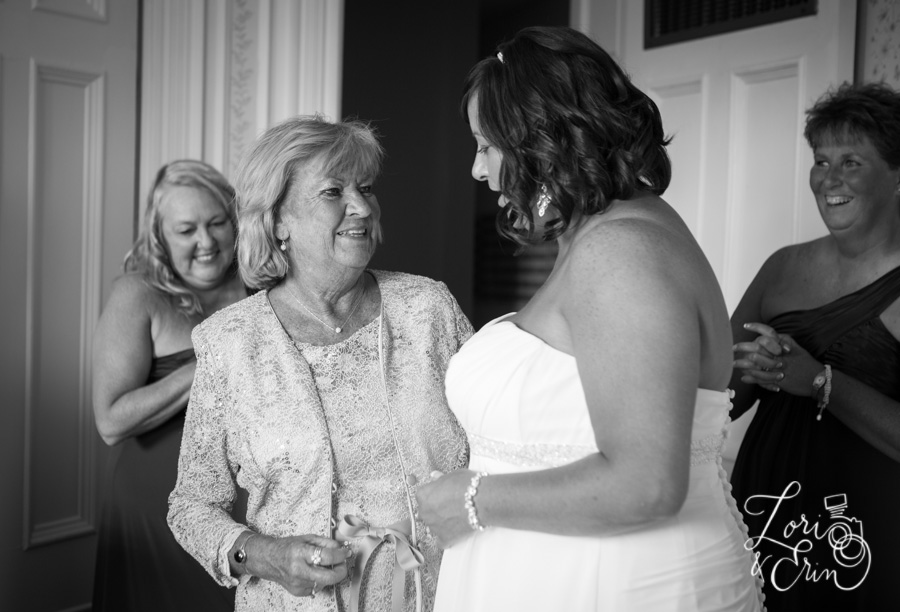 mom and bride, finger lakes wedding photography