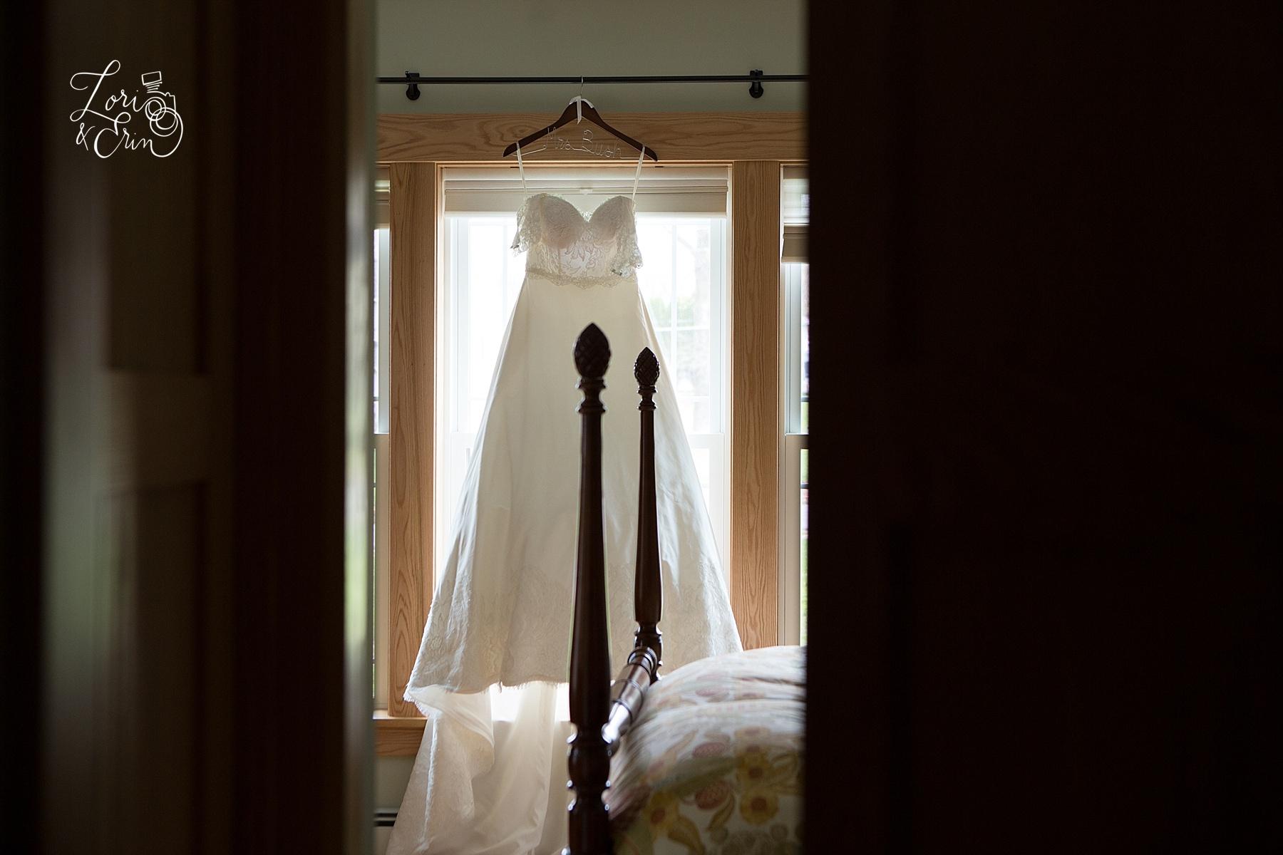wedding dress, syracuse ny wedding photography