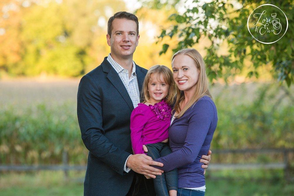 Schoen_place_familyportrait_B144.jpg