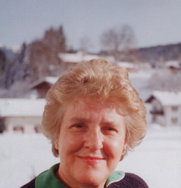 Mrs-Sayles-photo4.jpg