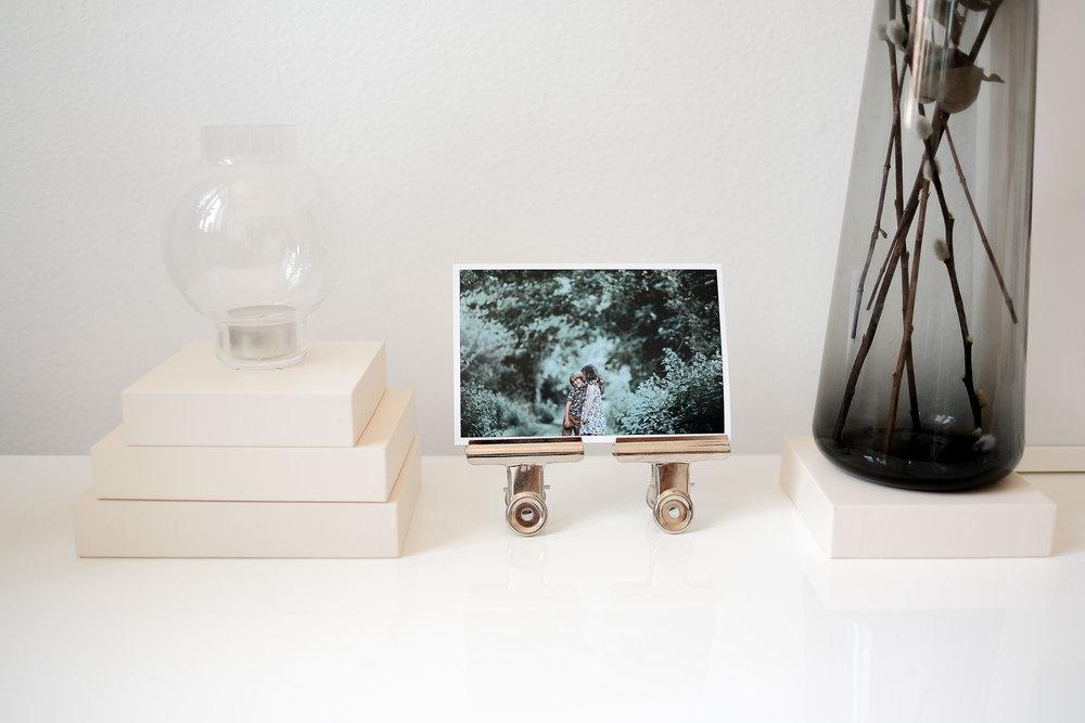 Låt dina Memory Boxar stå framme och skapa personliga inredningsdetaljer med dem och dina bilder