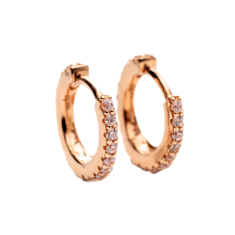 GOLDEN HOOPS WITH PINK MORGANITES 10.000 NOK   18 kt gold and pink morganites