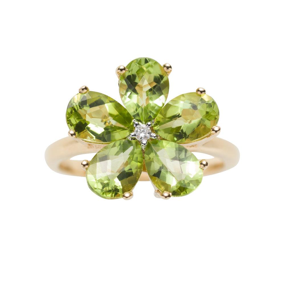 STELLA FLOWER RING 22.000 NOK. Peridot and diamonds