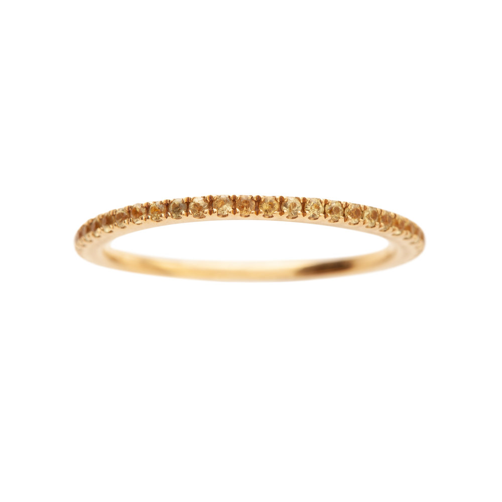 PETIT OLIVIA RING 16.000 NOK. 18 kt gold and yellow sapphires