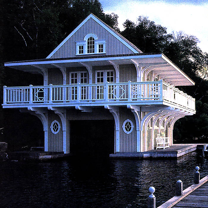 img_simcoe_boathouse_01.jpg