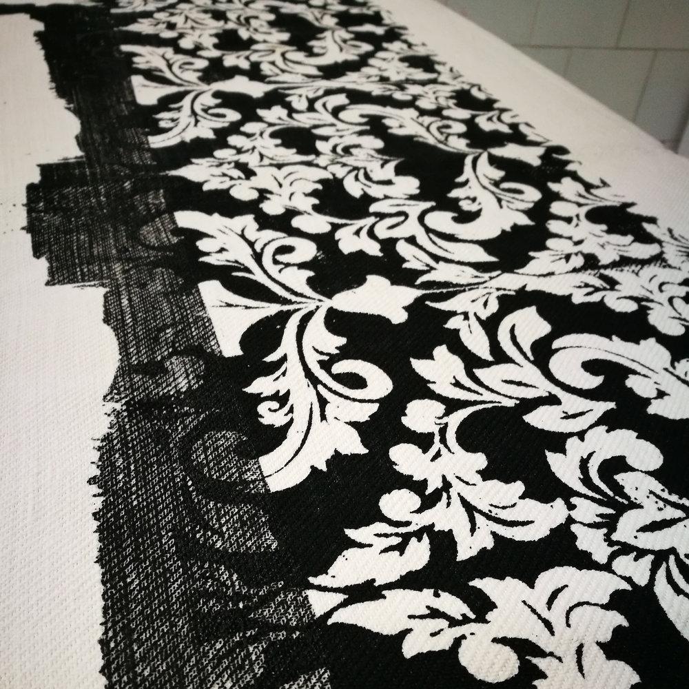BlackWhite_hempfabric_pillows04.jpg