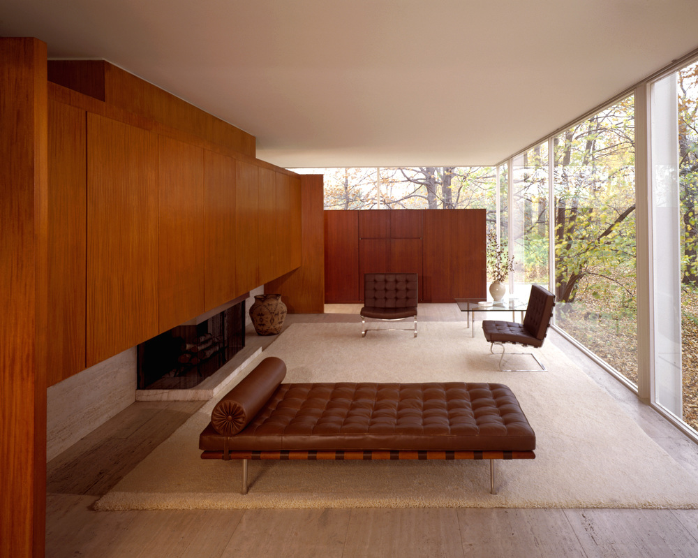 The Farnsworth House interior prior to flood