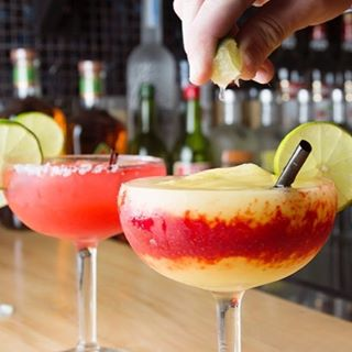 There are a few spots left for our Mini-Minnstameet on National Margarita Day on Wednesday, February 22 at Lago Tacos on Lyndale! Sign up now via the link in our bio. Tickets are FREE, but you must RSVP via Eventbrite. Must be 21 to consume alcohol. • •  @lagotacos will be offering complimentary bites and nibbles as well as a sampling of some of the best margaritas in town! Mix and mingle with other minnstagrammers in a setting that will be both social and photogenic. Representing @minnstameets at this event will be Ambassador @orbeq - a local instagrammer, aficionado of fine spirits, and cofounder of @theliqrcabinet. Thanks, Peter, for hosting this cool cocktail hour! And, huge thanks to @lagotacos for your generous hospitality. // #nationalmargaritaday #minnstameets_lagotacos • •  PC: @_plate