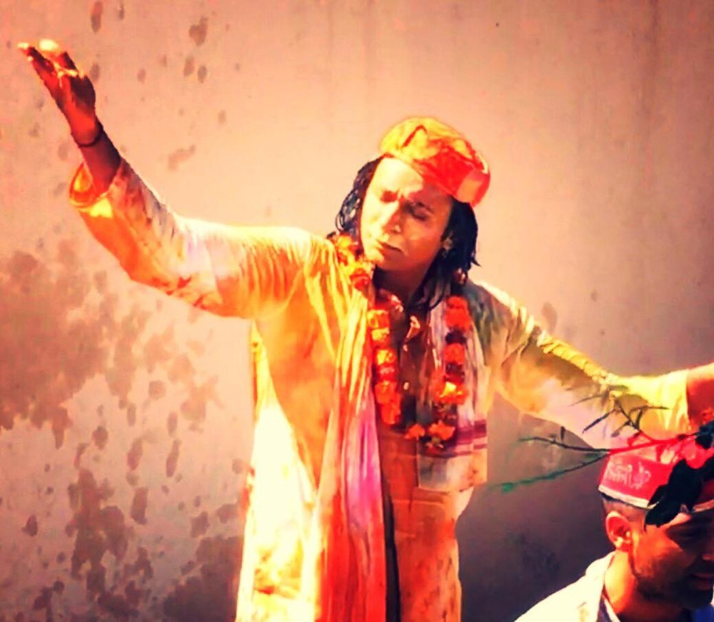 Riz dancing in Holi in India