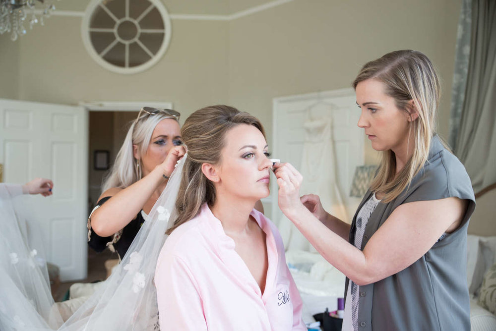Getting ready - Jemma | Middleton Lodge Estate wedding photography