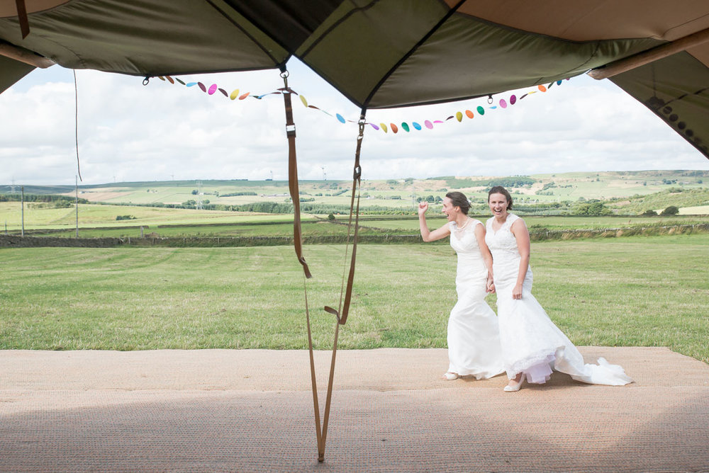 Harry & Cat - Tipi Wedding, Sheffield