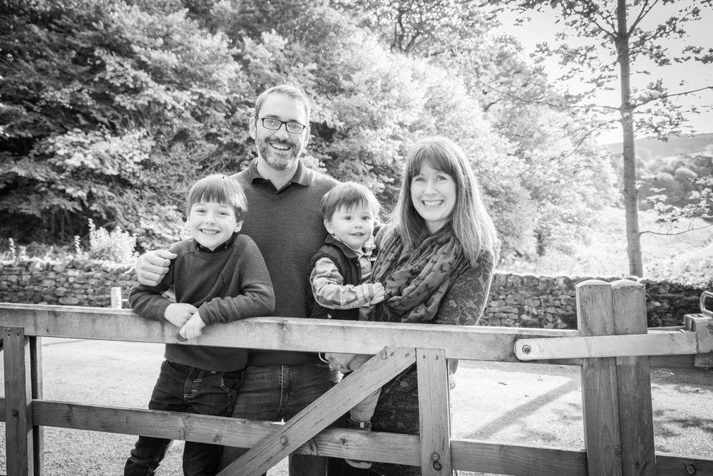 Yorkshire family photographer - natural family photography - Yorkshire wedding photographer (20 of 72).jpg