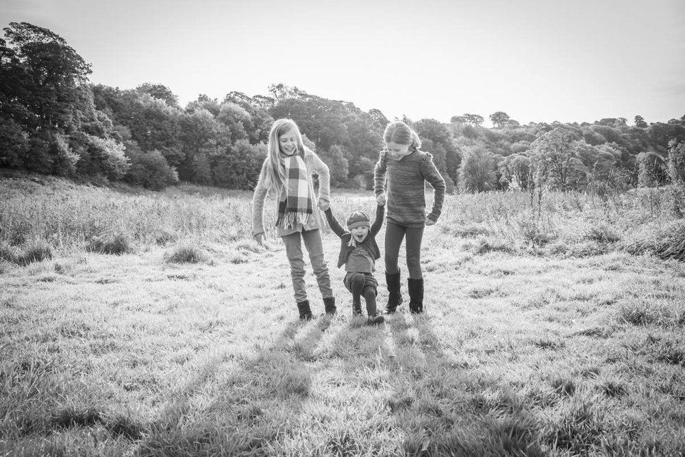 Yorkshire family photographer - natural family photography - Yorkshire wedding photographer (38 of 72).jpg