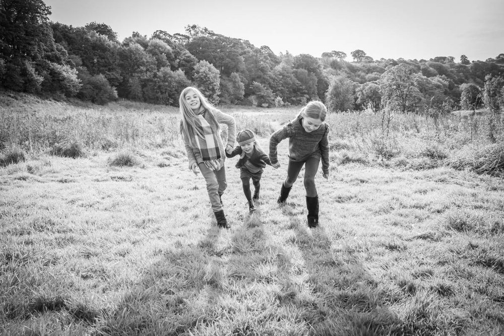 Yorkshire family photographer - natural family photography - Yorkshire wedding photographer (40 of 72).jpg