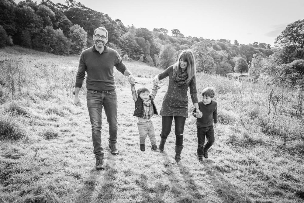 Yorkshire family photographer - natural family photography - Yorkshire wedding photographer (65 of 72).jpg