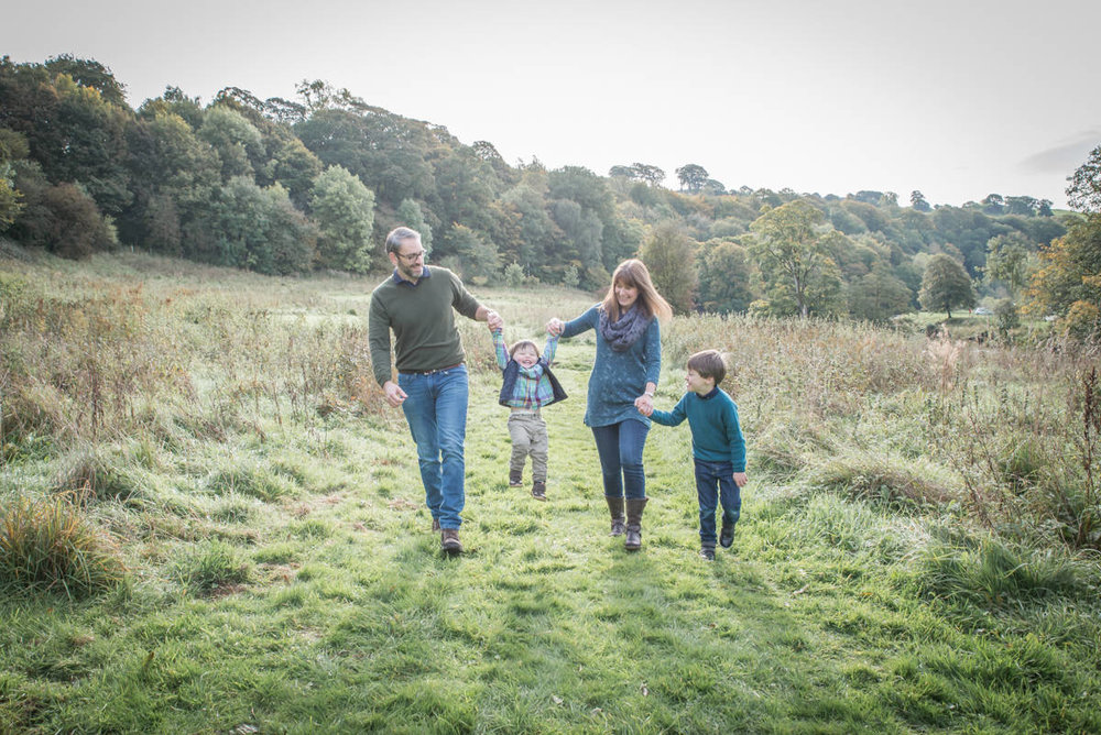 Yorkshire family photographer - natural family photography - Yorkshire wedding photographer (68 of 72).jpg