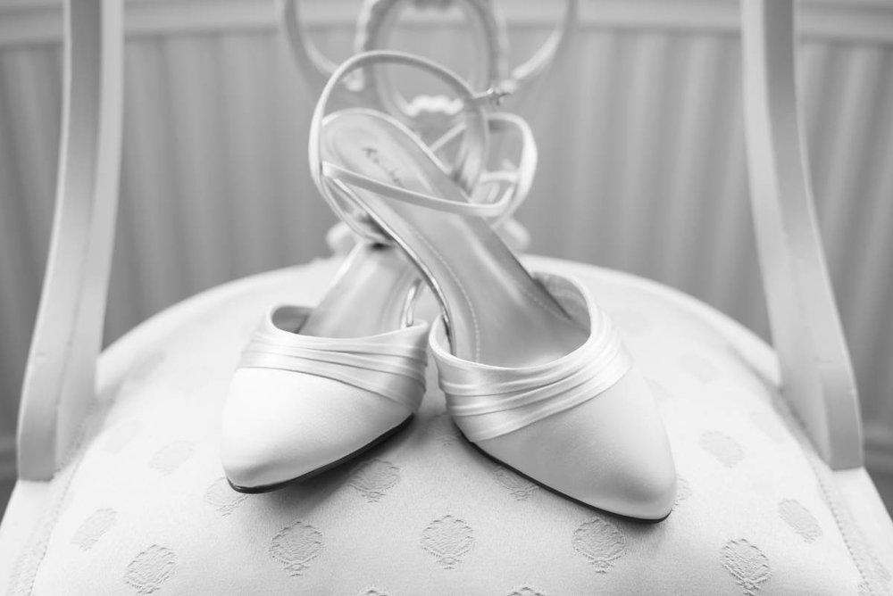 Yorkshire Wedding Photographer - Natural Wedding Photography - Aldwark Manor Wedding Photographer (7 of 82).jpg