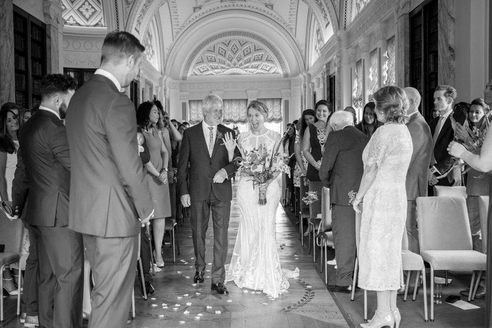 Yorkshire Wedding Photographer - Natural Wedding Photography - Sledmere House Wedding Photographer (39 of 126).jpg