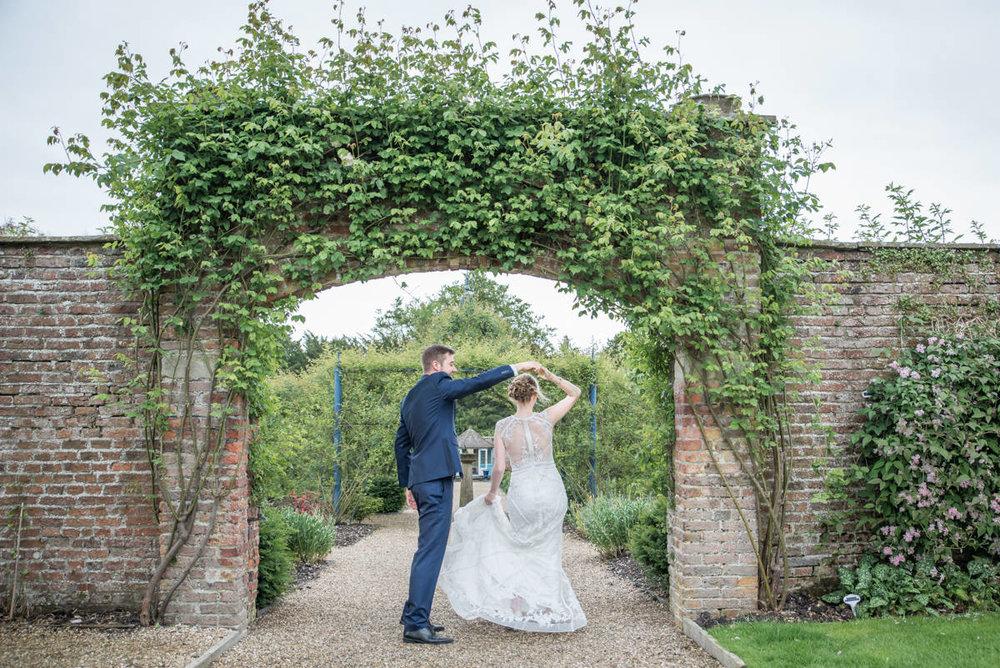 Yorkshire Wedding Photographer - Natural Wedding Photography - Sledmere House Wedding Photographer (60 of 126).jpg