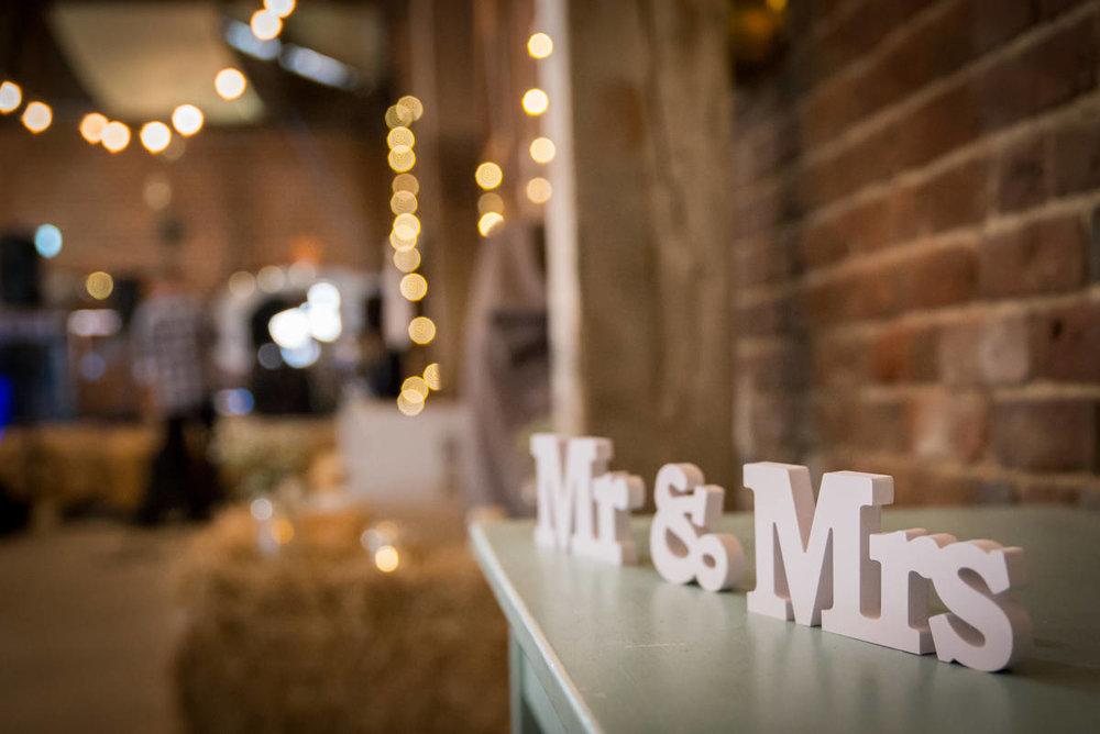 Yorkshire Wedding Photographer - Natural Wedding Photography - Sledmere House Wedding Photographer (78 of 126).jpg