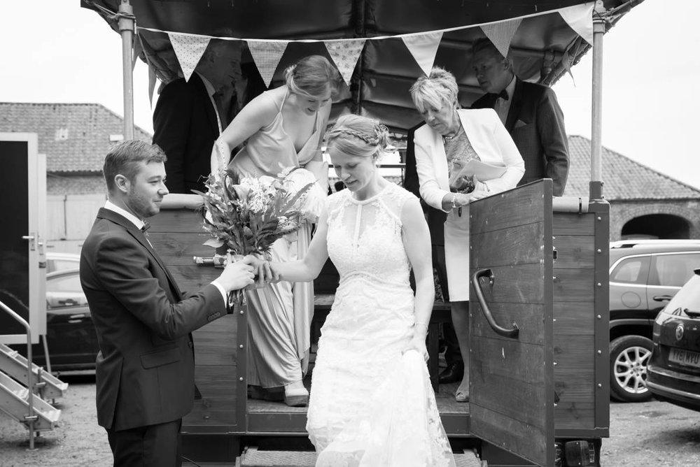 Yorkshire Wedding Photographer - Natural Wedding Photography - Sledmere House Wedding Photographer (87 of 126).jpg