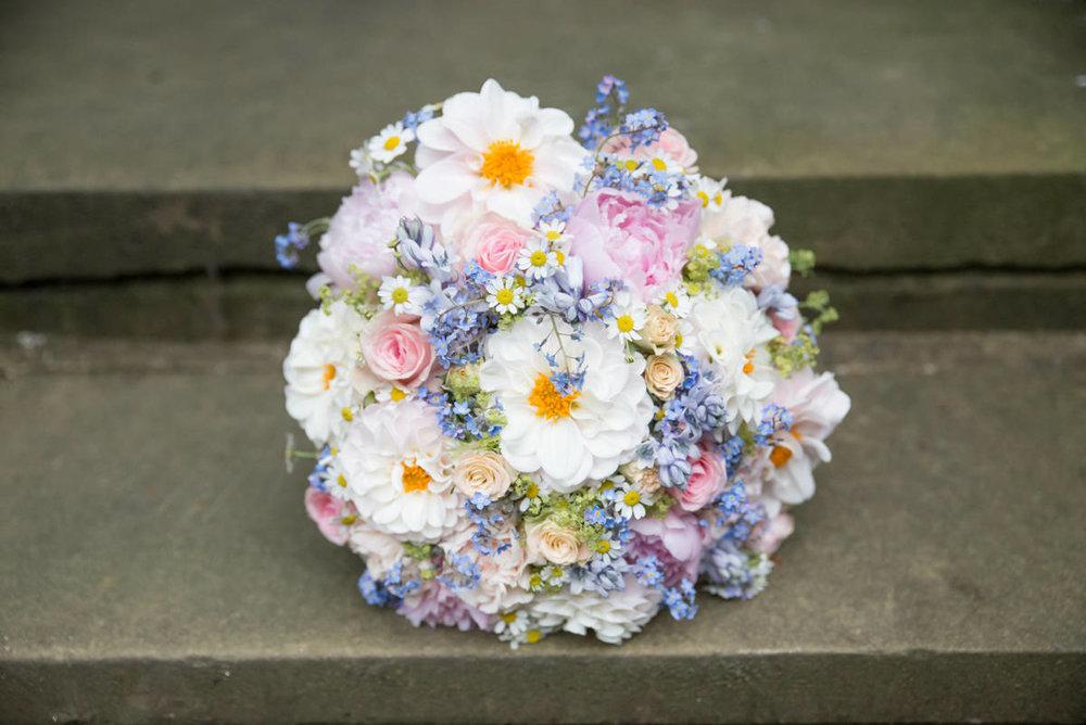 Yorkshire Wedding Photographer - Natural Wedding Photography - Lineham Farm Wedding Photographer (14 of 219).jpg
