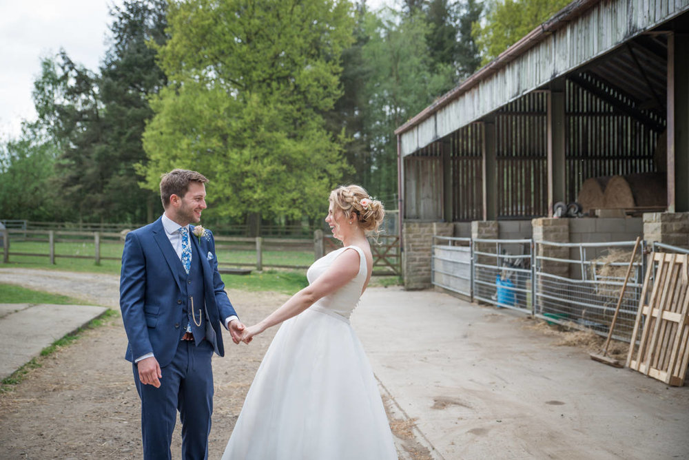 Yorkshire Wedding Photographer - Natural Wedding Photography - Lineham Farm Wedding Photographer (106 of 219).jpg