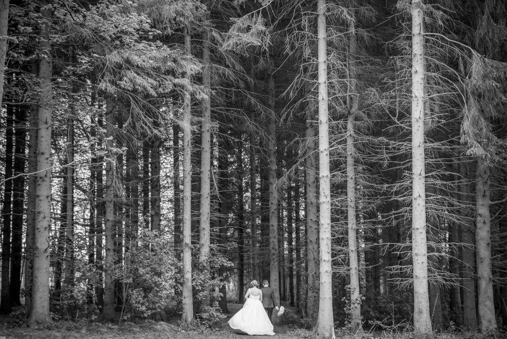 Yorkshire Wedding Photographer - Natural Wedding Photography - Lineham Farm Wedding Photographer (127 of 219).jpg