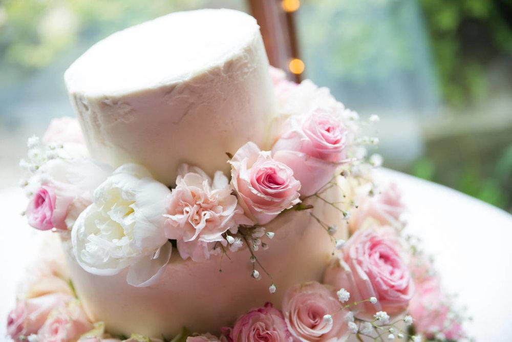 Yorkshire Wedding Photographer - Natural Wedding Photography - Lineham Farm Wedding Photographer (146 of 219).jpg