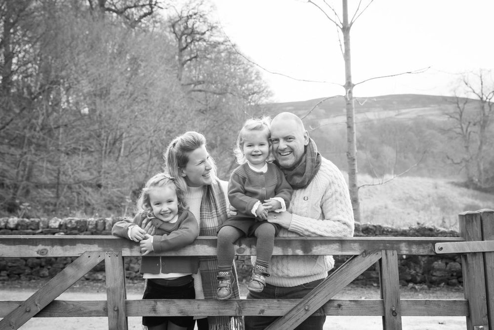family photographer harrogate - natural family photography in yorkshire leeds and harrogate (1 of 3).jpg