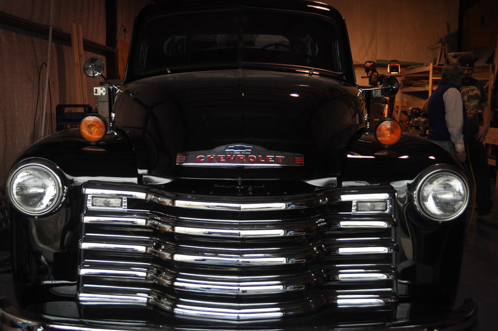 1951 Chevrolet 6100 Flat Bed