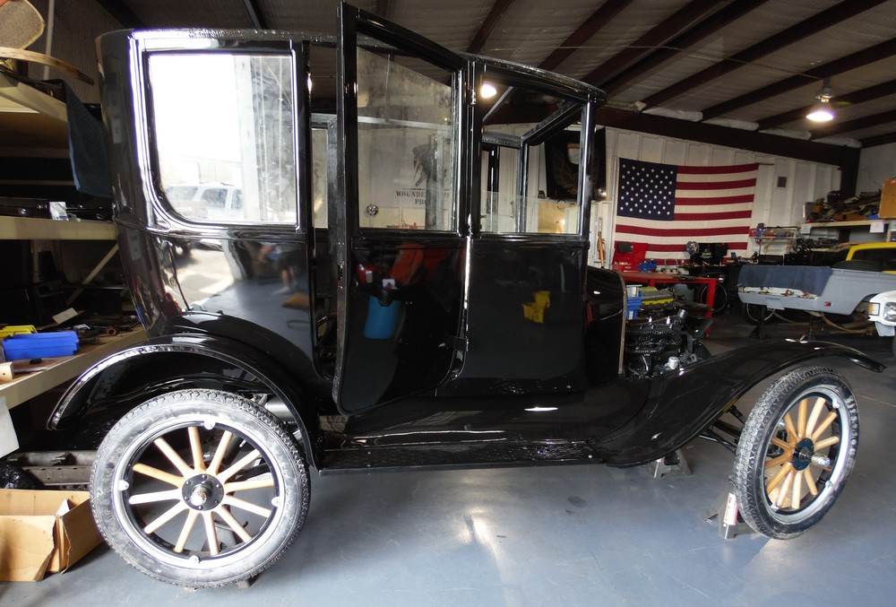 1923 Ford Model T Center Door