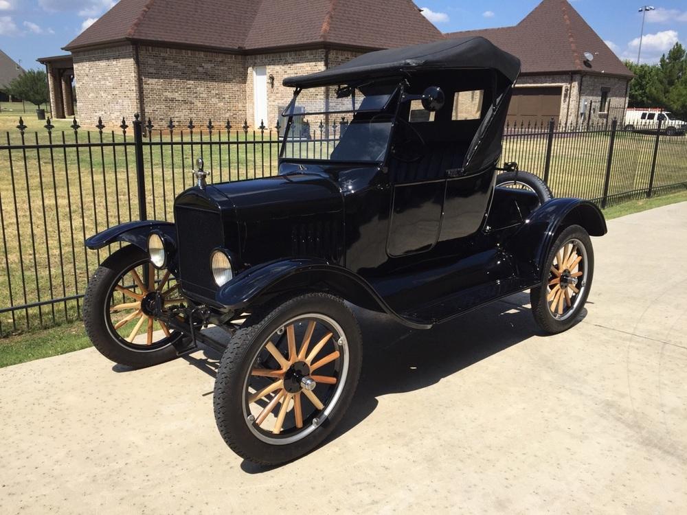1924 Ford Model T Roadster