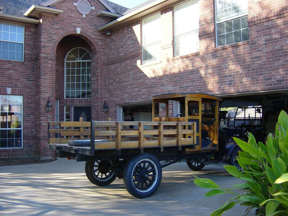 1923 Model T Truck rear side.jpg