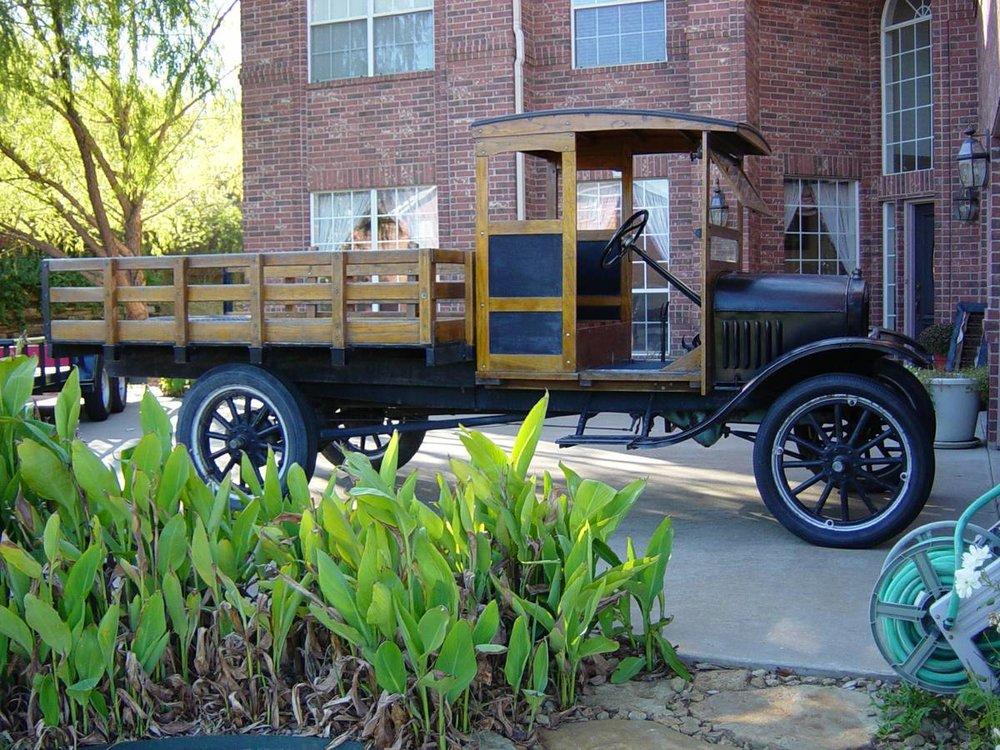 1923 Model T Truck side.jpg