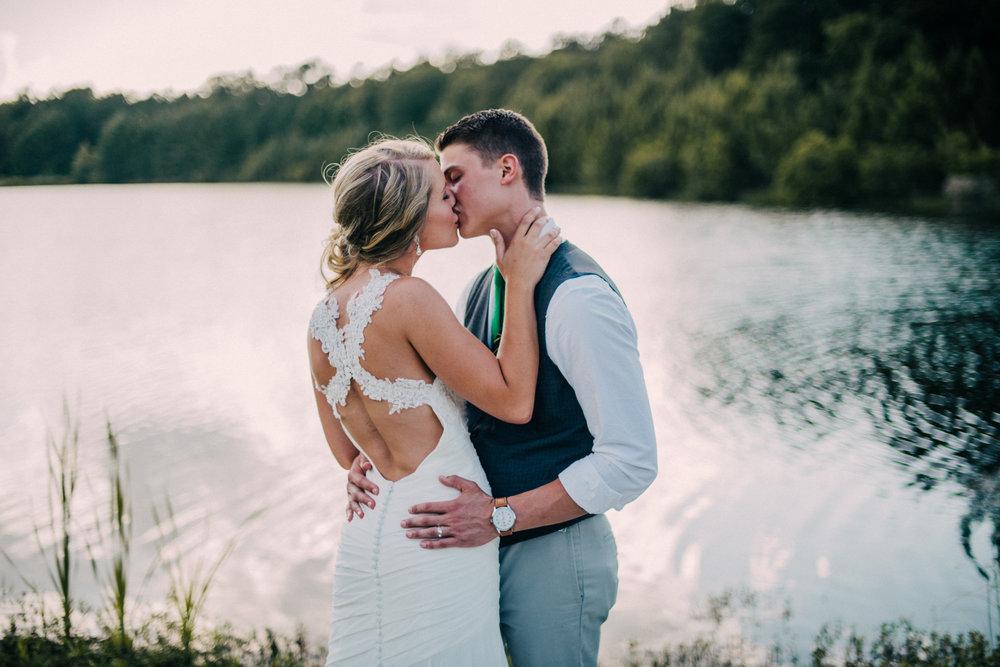 Dempsey Wedding-the newlyweds-0059.jpg