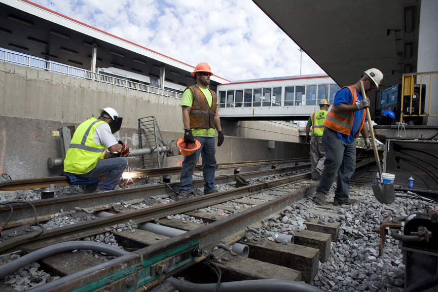 Red Line Dan Ryan Track Renewal