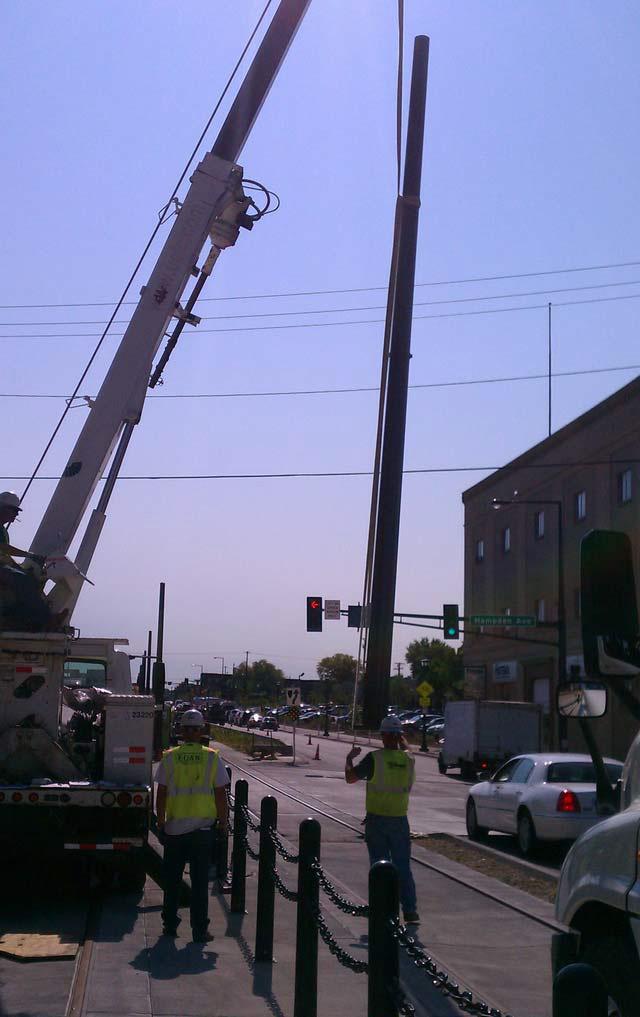 Setting OCS Poles_07_SE_TS-18_2012-08-27.jpg
