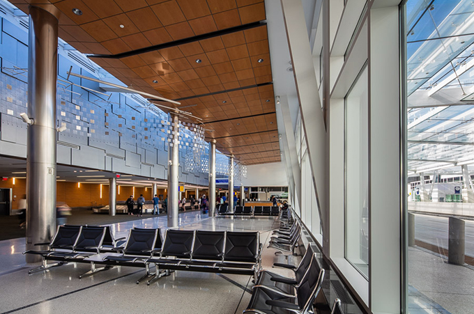 aldridge-electric-venture-wisconsin-electrical-airport-contractor-construction-transportation-infrastructure.jpg
