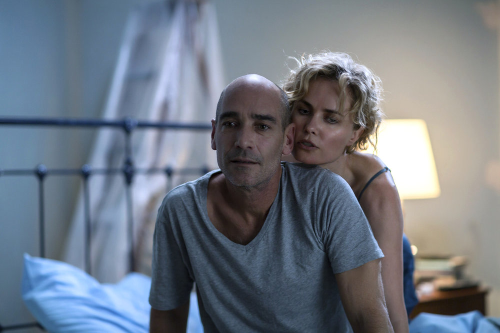 Photo 2 Ray_Jean-Marc_Barr__Iris_Radha_Mitchell_in_bed_-_Mark_Rogers.jpg