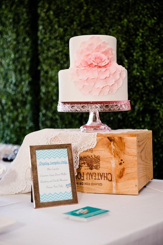 bridal show cake san diego