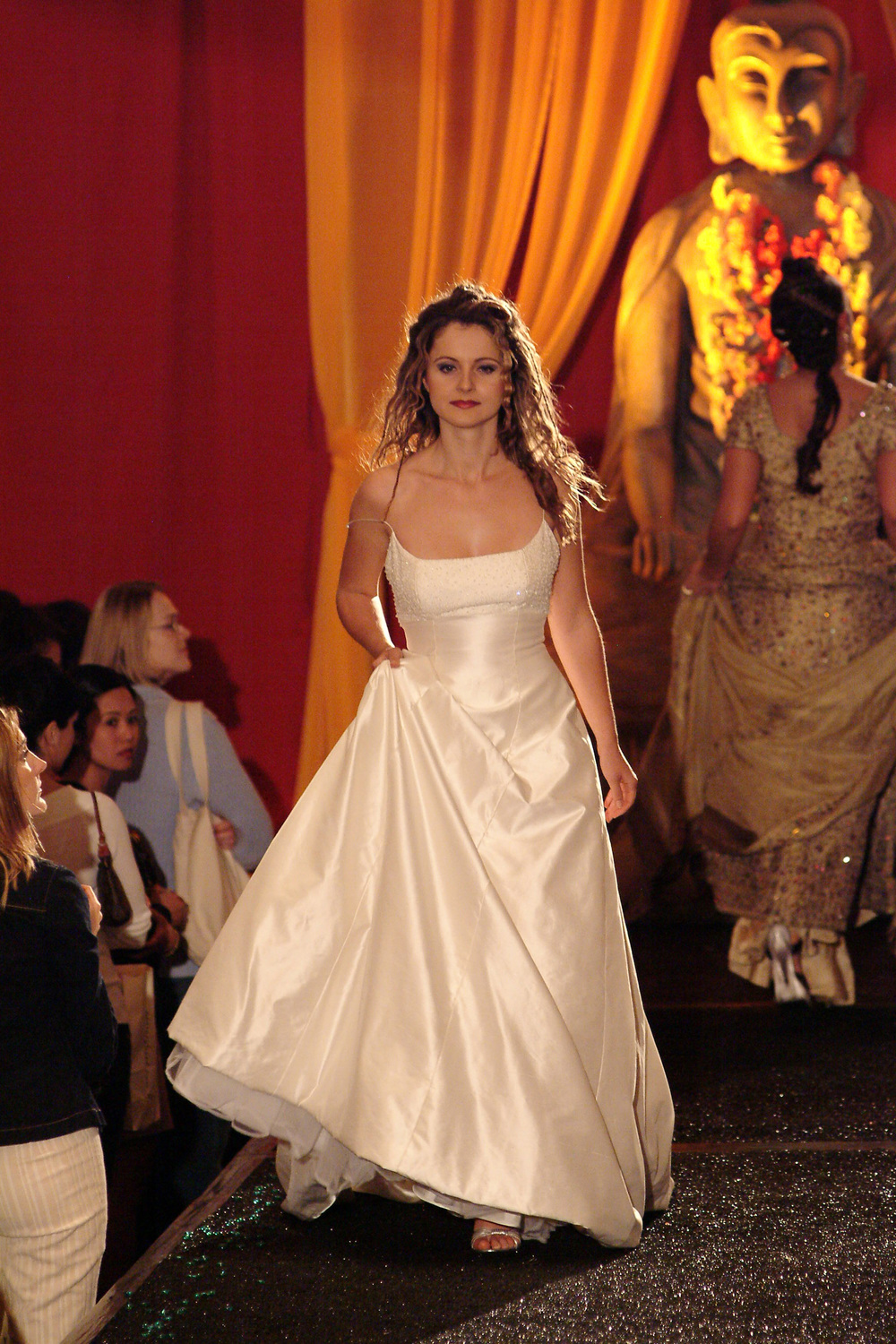 WeddingPartyBridalShow9.jpg
