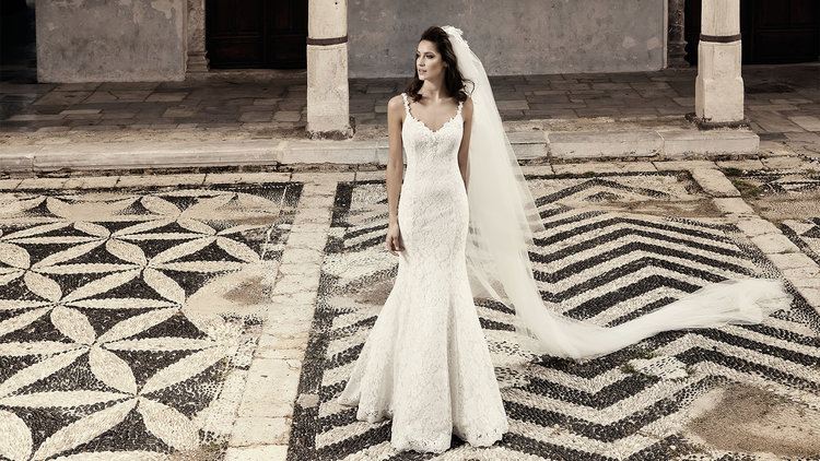 Meet bridal gown designer Jana Ann Couture and see her dramatically ...