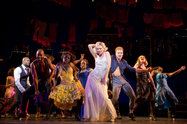tn-500_suttonfoster,cast,wildparty,9,byjoanmarcus.jpg