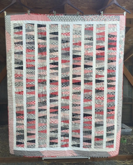 Red Black White Wedge Quilt.jpg