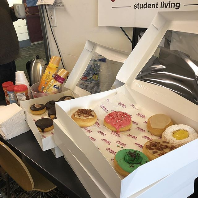 We love our residents!! Stop in for a tour this morning and grab a donut! Studios starting @$2,495/sem w/ all utilities included! Call/text 724-349-2007 to schedule a tour!! Leasing for fall 2019-spring 2020
