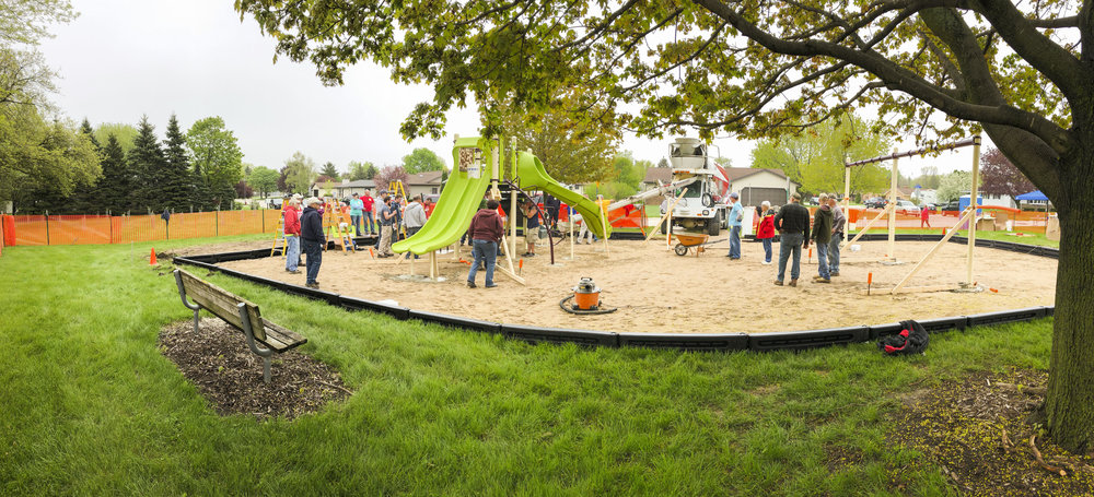 A community build with nearly fifty volunteers breathes new life into Woodview Park