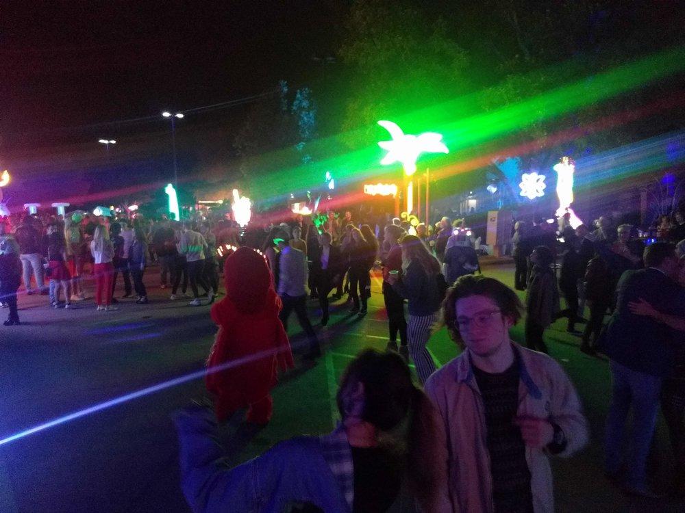SS Night Crowd 5.jpg