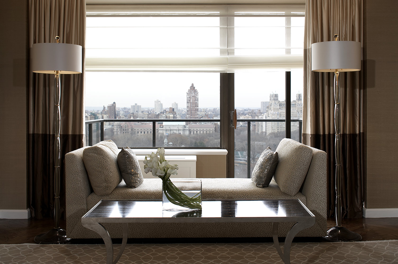 Evelyn Benatar New York Interior Design Living Room Image By Jonathan R