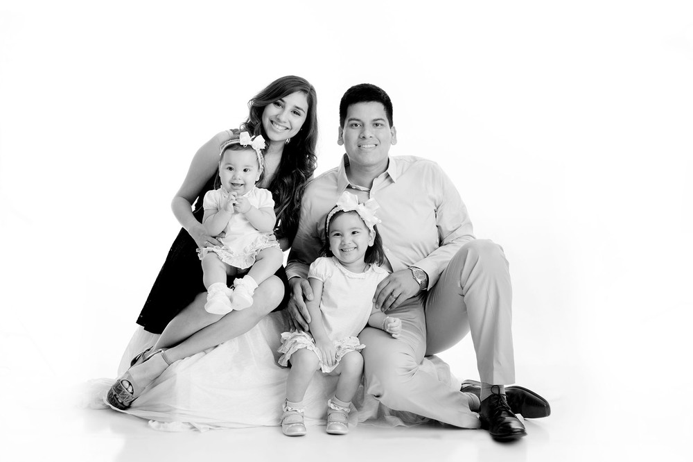 milestones photography, family portrait
